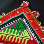 Chếc khăn Piêu người Thái